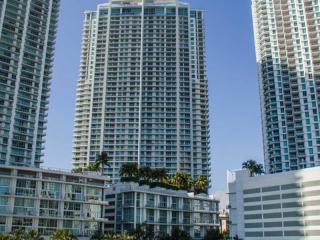 90 SW 3rd St #4402, Miami, FL 33130