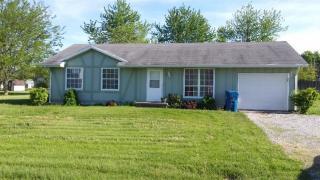 137 W Mill St, Goodland, IN 47948