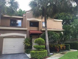 7525 Northwest 61st Terrace #3404, Parkland FL