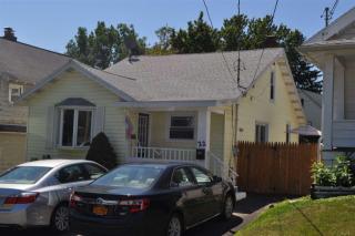 22 Wolfert Ave, Menands, NY 12204