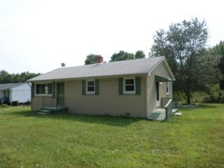 981 E Courthouse Rd, Blackstone, VA 23824