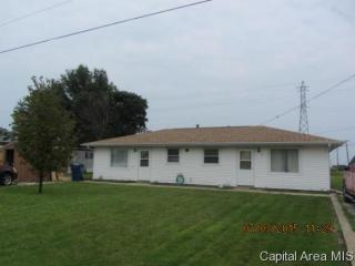 718 Maple Ln, Illiopolis, IL 62539