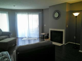 550 Orange Ave #242, Long Beach, CA 90802