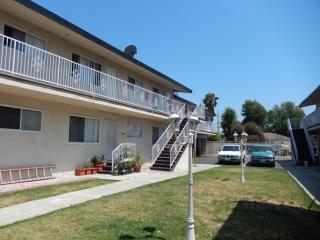 134 E Hazel St #11, Inglewood, CA 90302