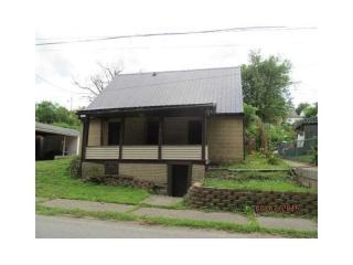 6 N Main St, Ellsworth, PA 15331