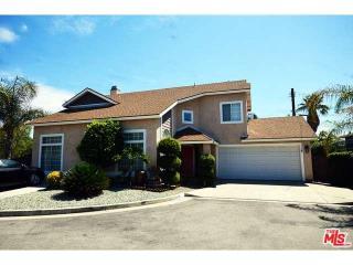 8210 Goodland Ct, North Hollywood, CA 91605