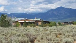 110 Blueberry Hill Rd, Taos, NM 87571