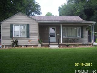 58 West Woodland Drive, East Alton IL