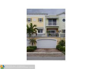 708 SE 15th St #2, Fort Lauderdale, FL 33316