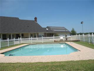 1628 County Road 2605, Bonham TX