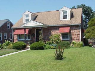 62 S 7th St, Mount Wolf, PA 17347