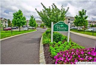 238 Sloan Ct, Matawan, NJ 07747