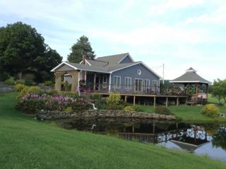 154 Transue Rd, Laceyville, PA 18623