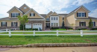 Greenbriar Falls - Active Adult 55+ by Lennar