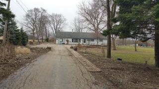 13589 W Greenview Dr, Wadsworth, IL 60083
