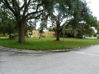 Palmetto Court, Venice FL
