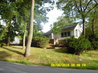 16 Oswego Ave, Rockaway, NJ 07866