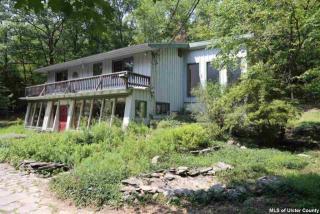61 California Quarry Rd, Woodstock, NY 12498