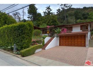 2250 Bowmont Drive, Beverly Hills CA