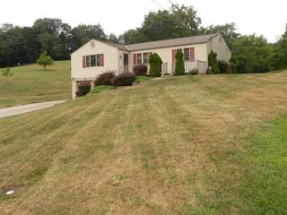 140 Woods Ln, McMurray, PA 15317
