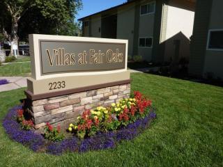 2233 Fair Oaks Blvd, Sacramento, CA 95825