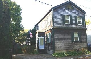 24 Clinton Avenue, Newport RI