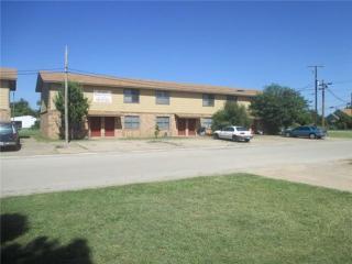 601 S Main St, Holliday, TX 76366