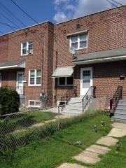 320 Chestnut Ave, Woodlynne, NJ 08107