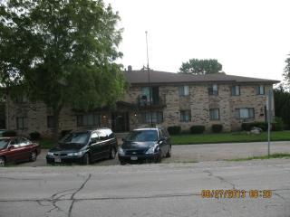 10460 W Fond Du Lac Ave, Milwaukee, WI 53224