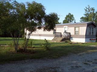 279 Outback Dr, Farmville, VA 23901
