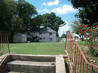 106 W Broad St, Dyer, TN 38330
