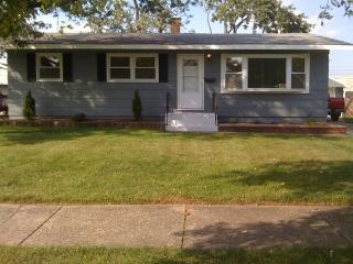 28 Indianwood Dr, Thornton, IL 60476