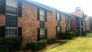 3001 Crystal Spgs, Bedford, TX 76021