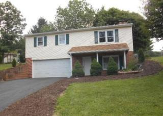 664 Colonial Dr, Dallastown, PA 17313