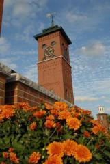 2 Clocktower Pl, Nashua, NH 03060