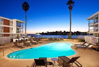 13900 Fiji Way, Marina del Rey, CA 90292
