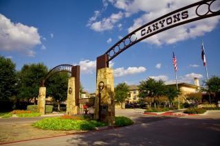 2751 River Park Dr, Fort Worth, TX 76116