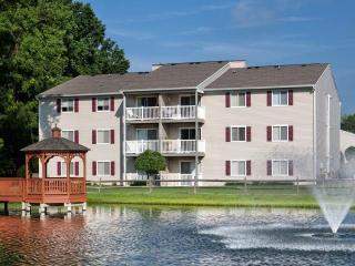 10267 Lakeridge Square Ct, Ashland, VA 23005