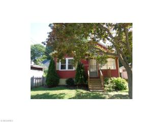 20135 Lakeview Ct, Rocky River, OH 44116