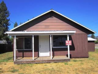 124 E 4th St S, Oldtown, ID 83822