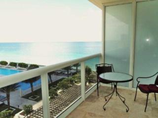1830 South Ocean Drive #1209, Hallandale Beach FL