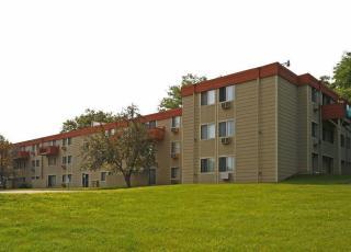 1276 Wilson Ave, Saint Paul, MN 55106