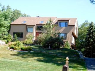 8 Deal Drive, Danbury CT