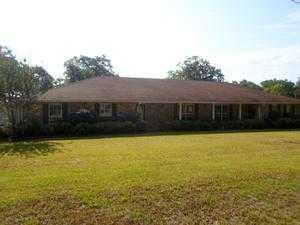 332 5th St, Osyka, MS 39657