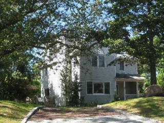 34 Baldwin Rd, Shelter Island, NY 11964
