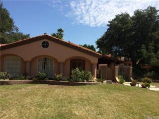 5380 Whitman Rd, Hidden Hills, CA 91302