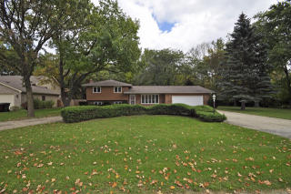 515 Russell Ave, Winthrop Harbor, IL 60096