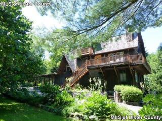 27 Birch Lane, Woodstock NY