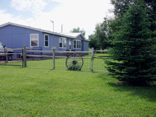 13 1st St, Ranchester, WY 82839