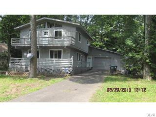 8130 Wildflower Dr, Coolbaugh Township, PA 18466